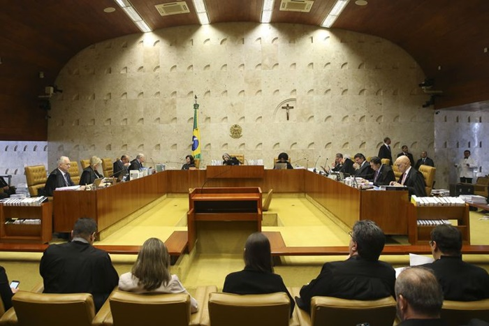 Julgamento sobre legalidade do ensino domiciliar de crianças foi retomado nesta quarta-feira pelo STF