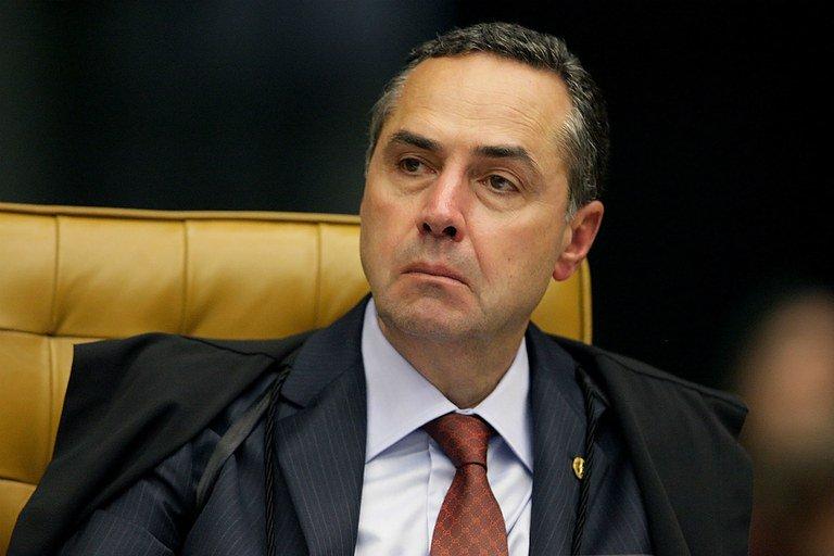 Ministro Luís Roberto Barroso votou a favor da medida inconstitucional