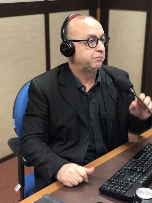 """Nando Gross contesta críticas: """"Não há censura, a igreja não interefere na programação"""""""
