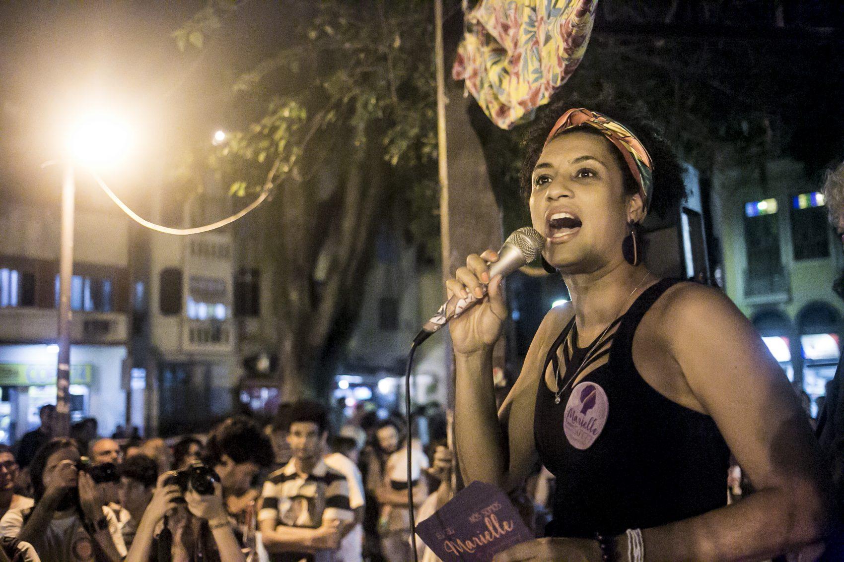 Por seu ativismo em defesa dos direitos humanos e contra a violência, Marielle foi assassinada em março de 2018, no Rio