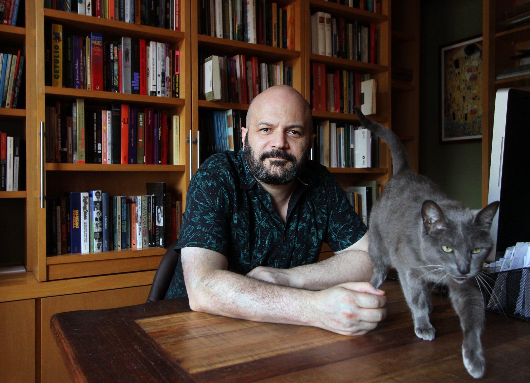 Vitor Necchi: O professor, o jornalista e o escritor