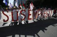 Integrantes de centrais sindicais protestam no centro do Rio contra reforma trabalhista que altera a CLT, aprovada em 2017 | Foto: Fernando Frazão/ Agência Brasil