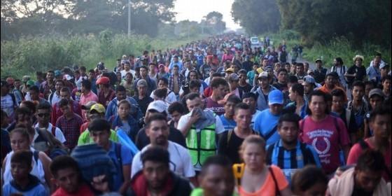 Pode chegar a 10 mil os acampados na fronteira do México com os EUA