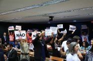Manifestantes contra o PL durante reunião da Comissão na última semana de outubro | Alex Ferreira/Câmara dos deputados