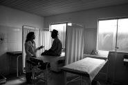 No dia 19, o Ministério da Saúde publicou novo edital para preenchimento das cerca de 8,5 mil vagas abertas com a saída de Cuba do programa. Dos 8.319 inscritos, apenas 738 (8,9%) se apresentaram nos postos de saúde para os quais foram designados | Foto: Araquém Alcântara/ Mais Médicos