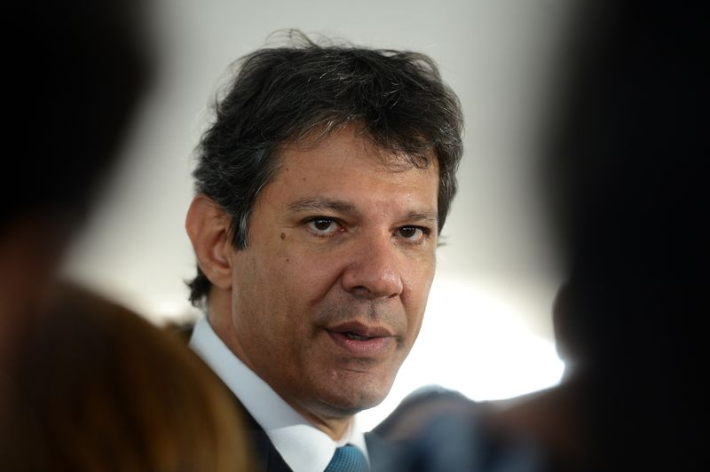 Justiça de São Paulo arquiva processo contra Haddad por corrupção e lavagem de dinheiro