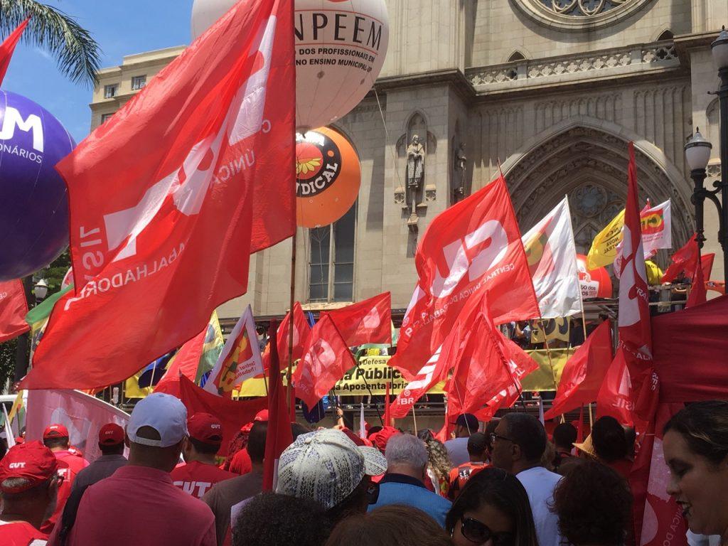 Ato na Praça da Sé em São paulo reuniu milhares de trabalhadores contra a Reforma da Previdênci
