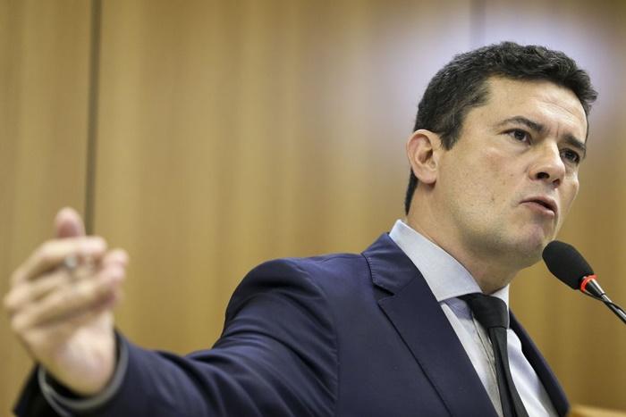 O ministro da Justiça e Segurança Pública, Sergio Moro, durante entrevista coletiva, após reunião com governadores e secretários estaduais de Segurança Pública para apresentar o Projeto de Lei Anticrime