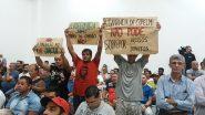 Comunidades atingidas pela mina protestaram na audiência pública realizada em Charqueadas | Foto: Divulgação