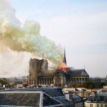Incêndio atinge Catedral de Notre-Dame, em Paris | Foto: Reprodução