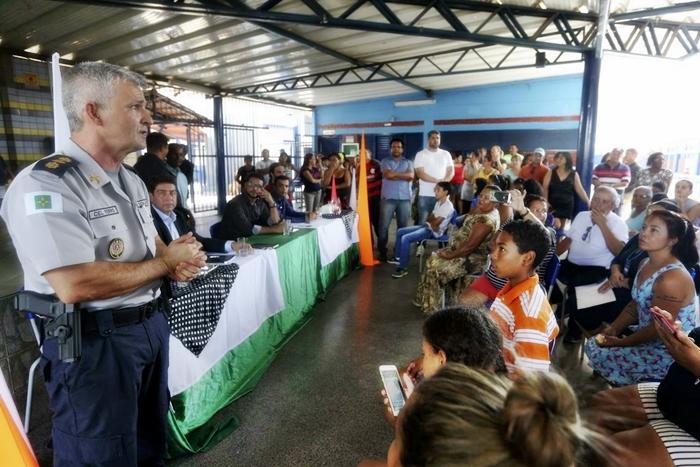 """""""Militarizar a gestão do MEC e implementar um modelo cívico-militar na educação pública é inadequado, equivocado e insensato"""""""