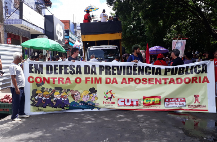 Ato contra a reforma em Teresina (PI)