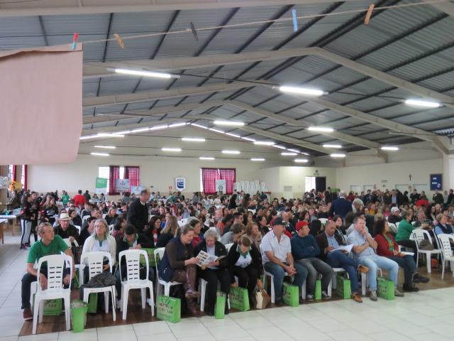 Encontro de Sementes Crioulas em Dois Lajeados reuniu agricultores familiares, estudantes e técnicos agrícolas