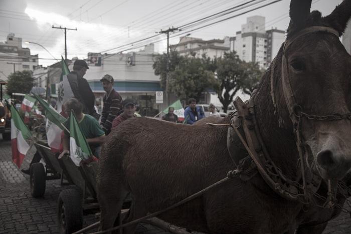 Marcha paralisou o centro da pacata Santa Cruz do Sul