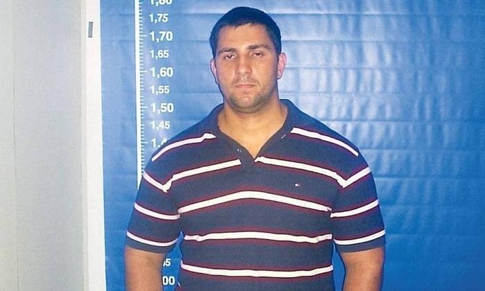 Ex-capitão do Bope e líder do grupo de extermínio Escritório do Crime, o miliciano Adriano Nóbrega foi homenageado e teve parentes empregados na Alerj por Flávio Bolsonaro
