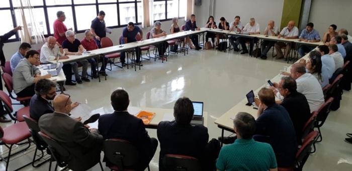 """Encontro de centrais sindicais em São Paulo, em março, já havia concluído que a MP de Bolsonaro é """"grave ataque contra o princípio da liberdade e autonomia sindical"""""""