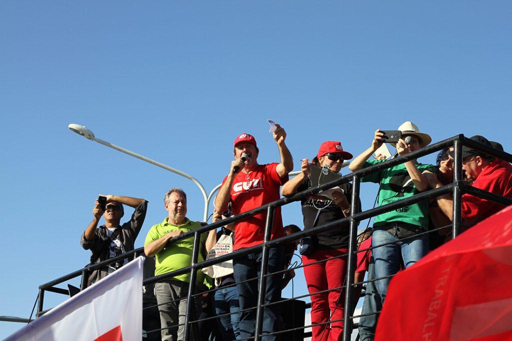 Manifestação contra a reforma da Previdência em Porto Alegre - Claudir Nespolo - presidente da CUTRS