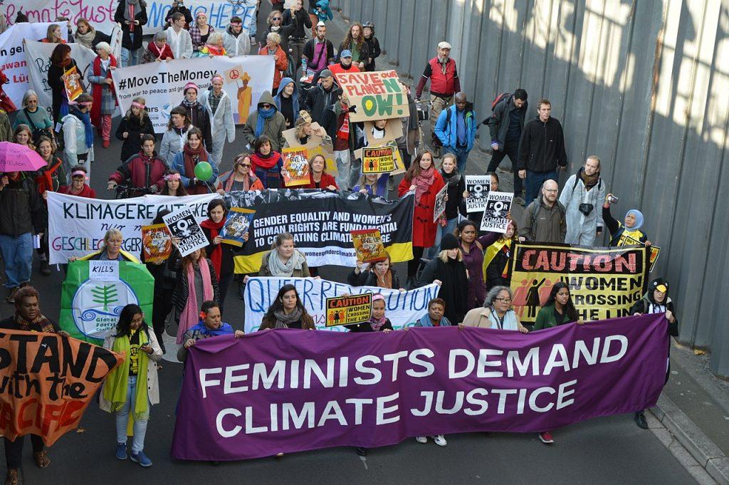 Ecofeministas na Europa em protesto por justiça climática