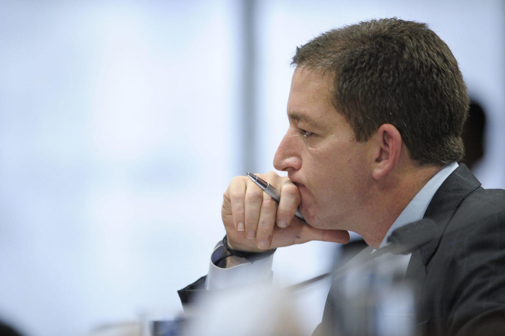 Glenn Greenwald na mira das bombas de WhatsApp