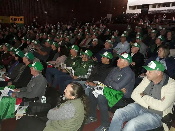 Trabalhadores rurais representados pela Fetag pediram exclusão dos agricultores do texto da reforma