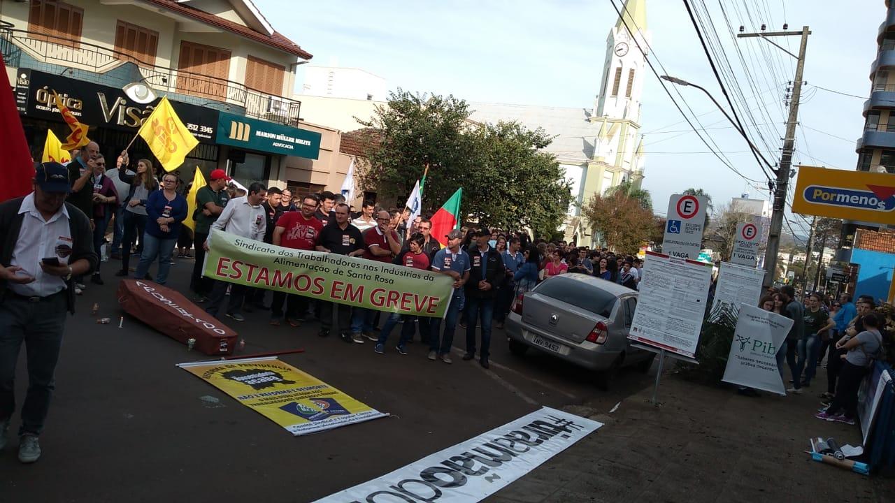 Santa Rosa - Dia de mobilização contra a reforma da Previdência