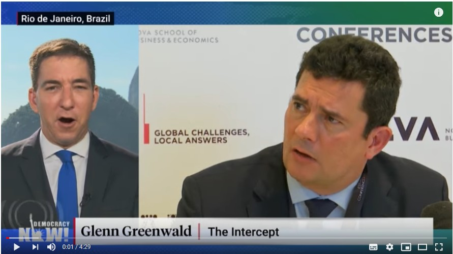 O jornalista Glenn Greenwald, do The Intercept Brasil (TV) e o ex-juiz Sergio Moro