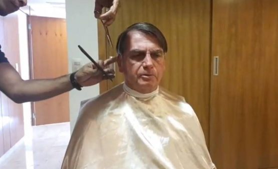 Bolsonaro debocha da apatia geral | Foto: Reprodução/YouTube