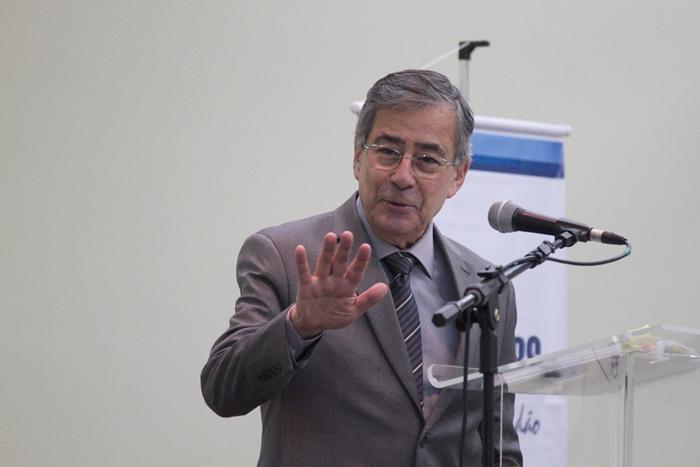 Em abril de 2006, o jornalista participou do Sinpro/RS Debate