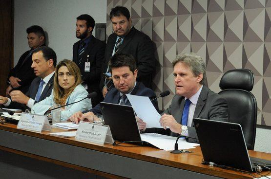 Os dez pontos da MP 881 que prejudicam trabalhadores | Foto: Roque de Sá/Agência Senado
