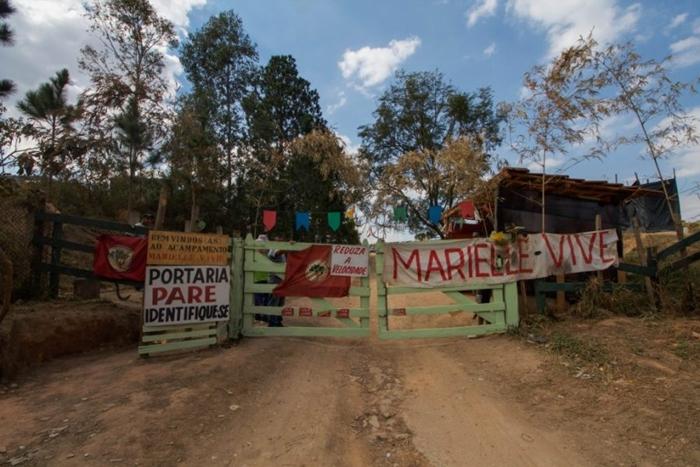 O assentamento em fazenda improdutiva teve o abastecimento de água cortado pela Prefeitura e agora manifestantes foram alvo de atentado
