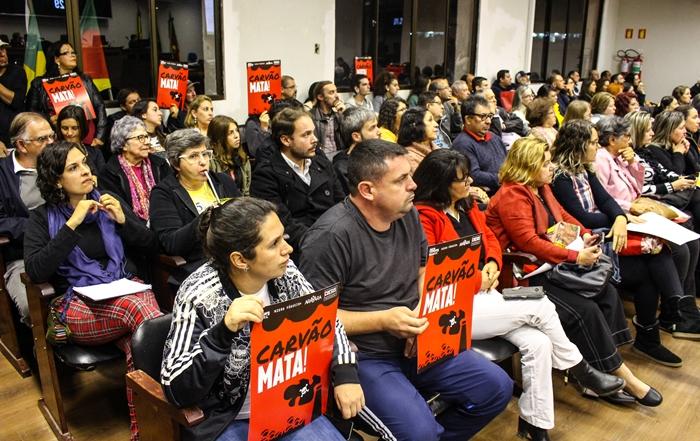 Na audiência, manifestações de oposição à implantação da nova mina de carvão
