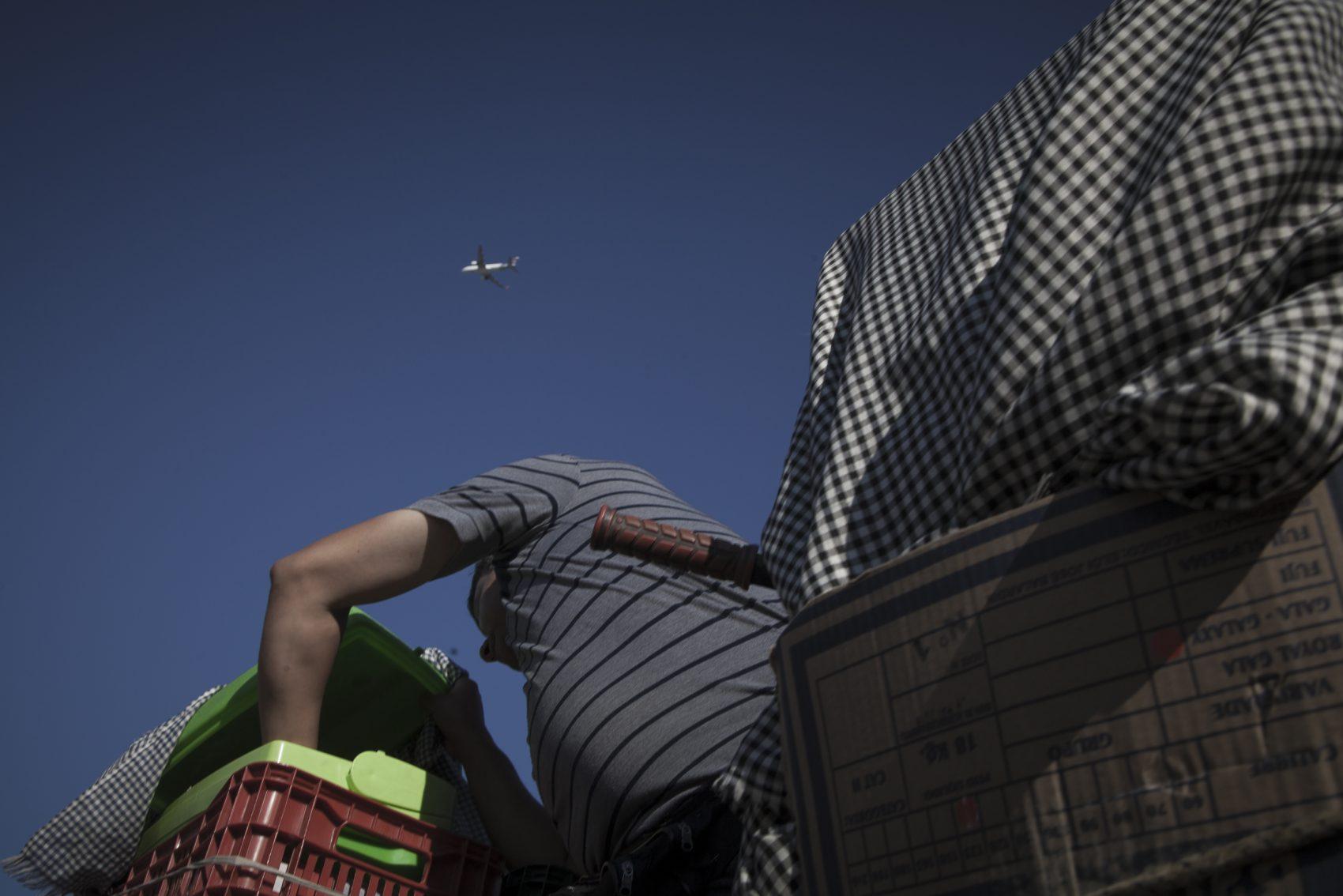 A Vila Nazaré fica onde está prevista linha da pista da nova configuração do aeroporto Salgado Filho, e a execução da obra depende da remoção de 1,3 mil famílias