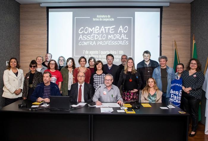 Termo de Cooperação foi assinado por representantes de entidades do