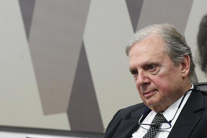 O senador tucano Tasso Jereissati, relator da reforma no Senado, rejeitou emendas de parlamentares