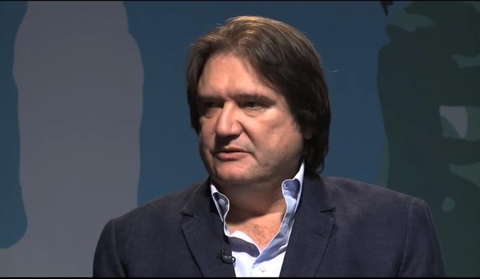 Coação de testemunha cogitada por Bolsonaro caracteriza crime de responsabilidade, diz Serrano