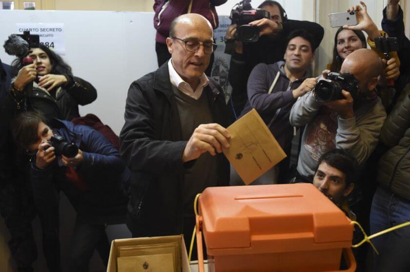O ex-prefeito de Montevidéu, Daniel Martínez é o representante do governista Frente Ampla