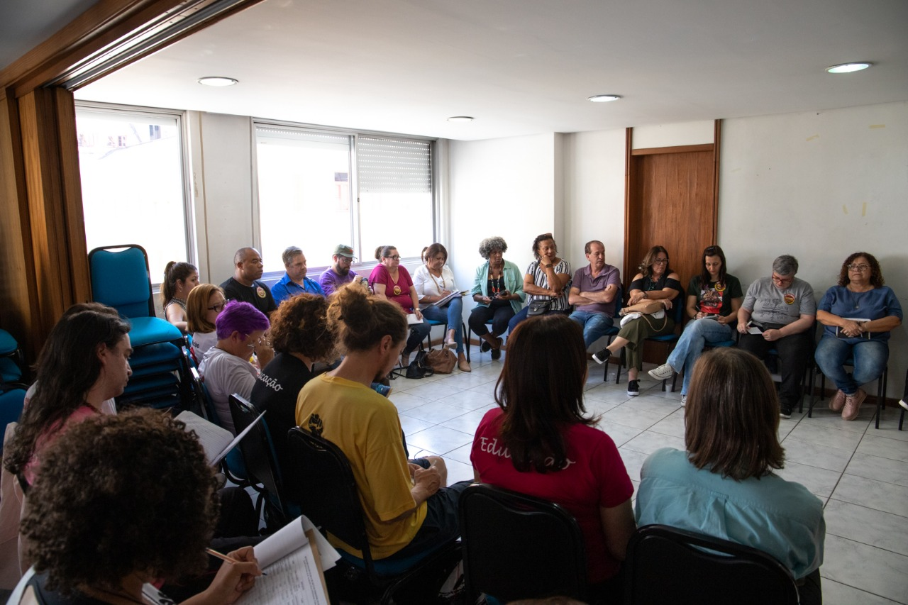 Comando de greve do Cpers Sindicato se reuniu nesta segunda, 25, para avaliar movimento