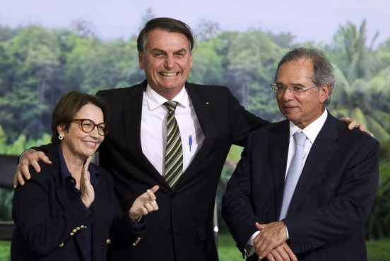 Ministra da Agricultura Tereza Cristina, presidente Jair Bolsonaro e o ministro da Economia Paulo Guedes