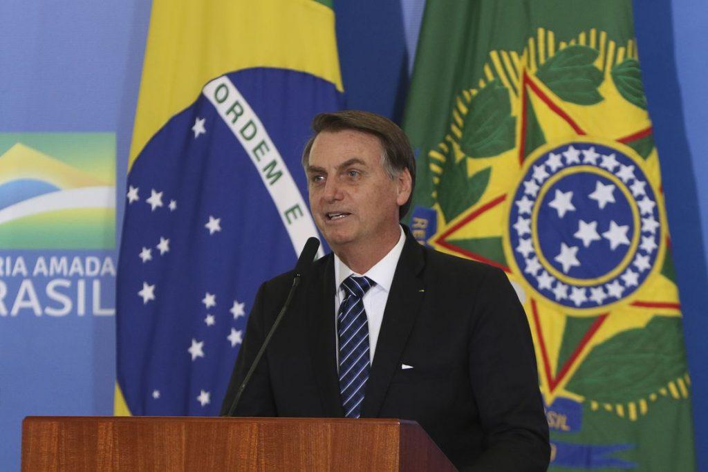 Bolsonaro reduz recursos para o bolsa família