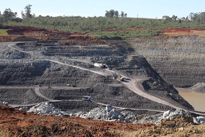 Mina de carvão da Copelmi em Arroio dos Ratos: rastros de miséria e destruição