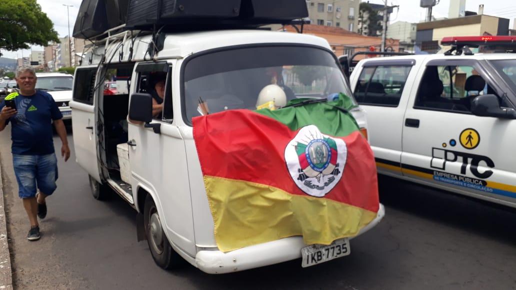Policiais militares contra o pacote de Eduardo Leite