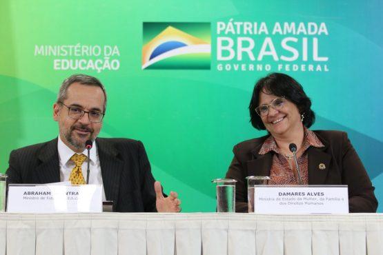 Professores repudiam canal de denúncia anunciado pelo MEC | Foto: Agência Brasil
