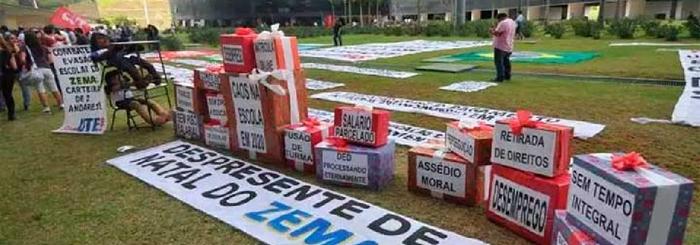 Manifestação de servidores públicos cobra pagamento de 13º e regularização de salários atrasados pelo governo Romeu Zema