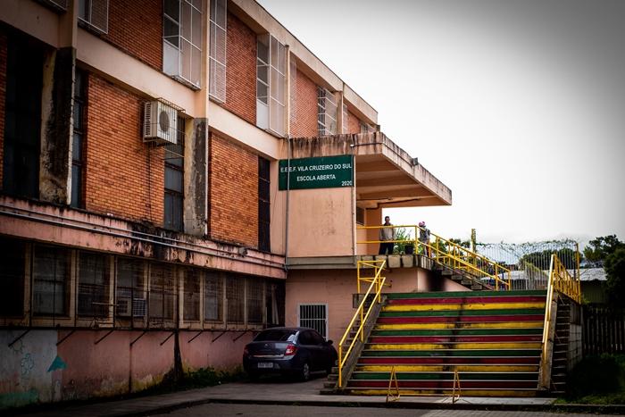 EEEF Vila Cruzeiro do Sul, de Porto Alegre, uma das quatro Escolas Abertas da rede estadual que atendem adolescentes e crianças em situação de vulnerabilidade social encaminhados por órgãos de proteção à infância e adolescência ameaçadas de fechamento