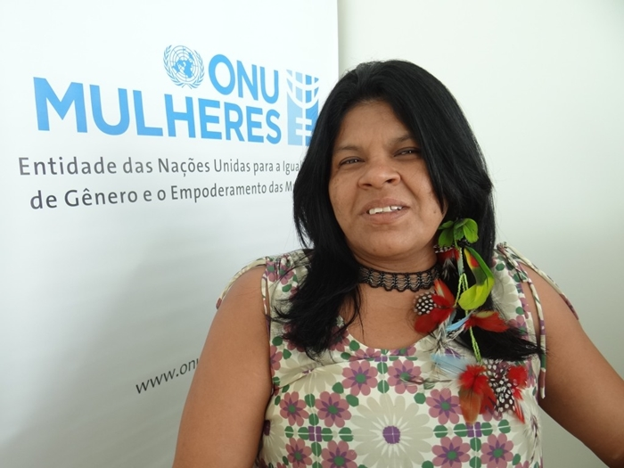 """Sônia Guajajara, membro da Articulação dos Povos Indígenas do Brasil: """"crimes são reflexo do ódio que vem sendo disseminado pela autoridade máxima do país contra nós, povos indígenas"""""""