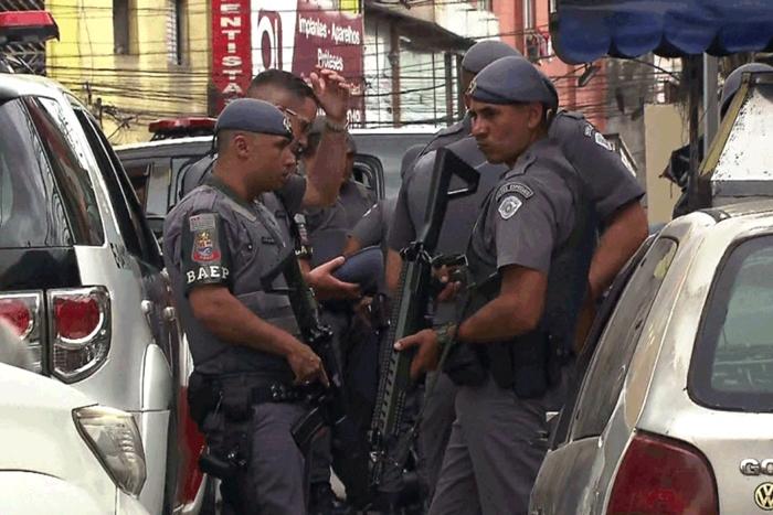 Conclusão do IPM é que policiais provocaram a morte de nove jovens durante baile funk