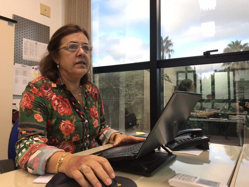 Cecília Farias, da direção do Sinpro/RS
