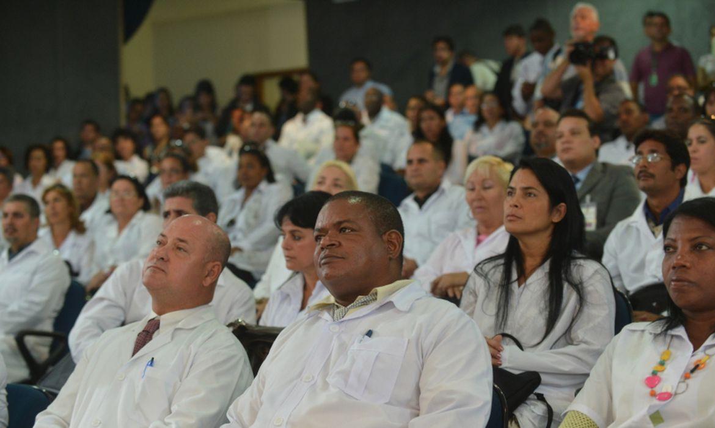 Médicos cubanos serão reconvocados pelo Ministério da Saúde