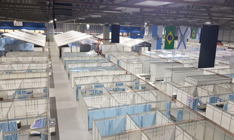 Hospital de Campanha do Rio-Centro. A capital fluminense está com 93% de lotação dos leitos de UTI da rede pública