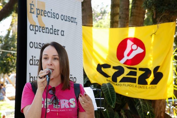 Para Rosane Zan, do Cpers-Sindicato, a flexibilização dos 200 dias foi acertada, mas a questão das 800 horas a serem cumpridas preocupa a categoria